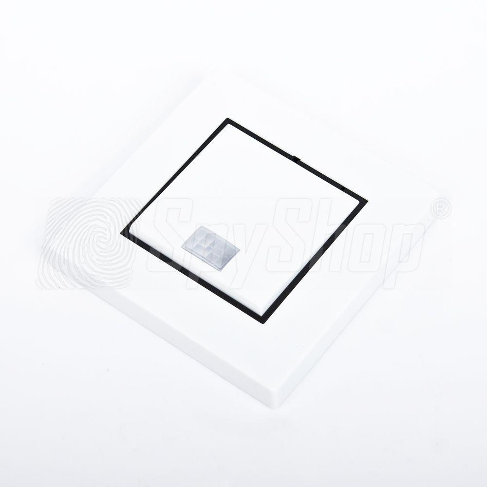 spionage hd berwachungskamera mit motion detection im lichtschalter. Black Bedroom Furniture Sets. Home Design Ideas